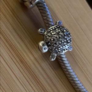 Pandora charm turtle